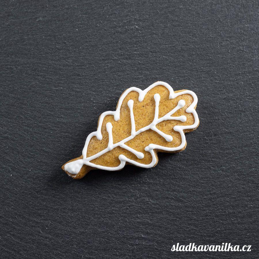 Vykrajovátko dubový list