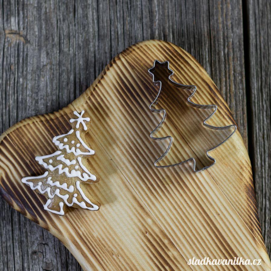 Vykrajovátko vánoční stromeček