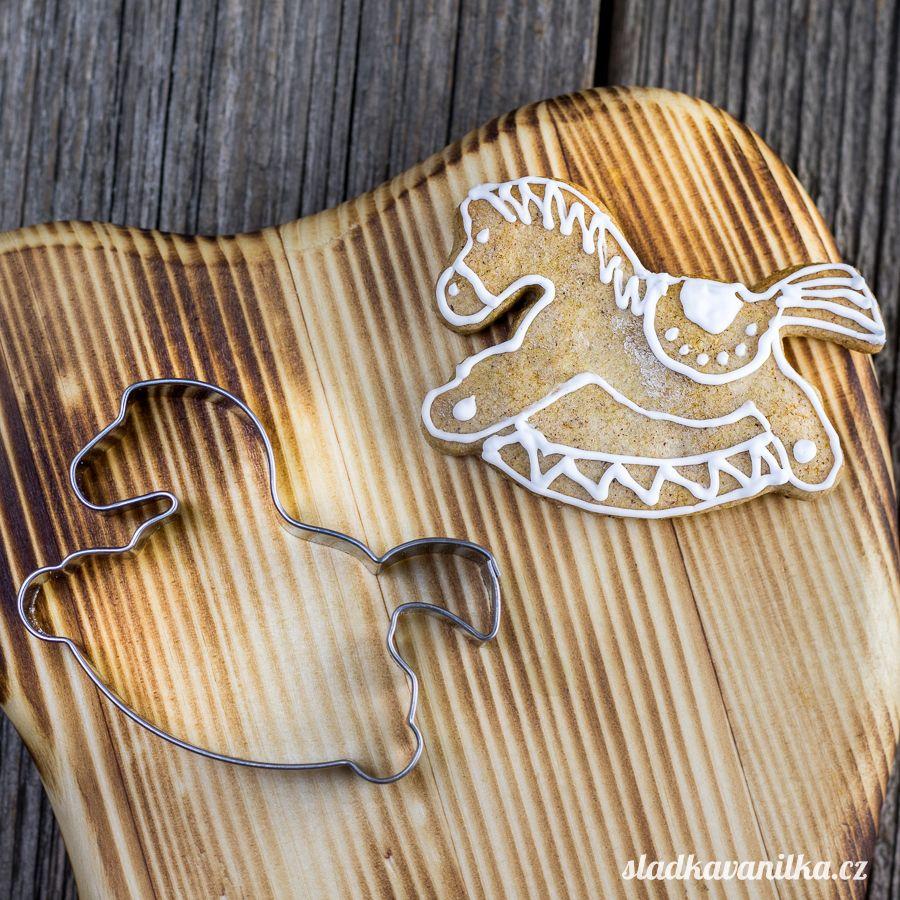 Vykrajovátko houpací koník