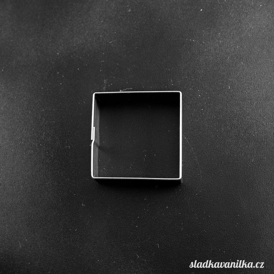 Vykrajovátko čtverec