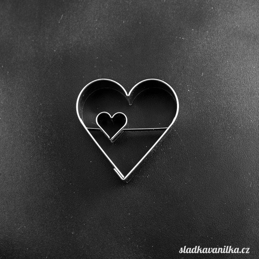 Vykrajovátko srdce se srdíčkem