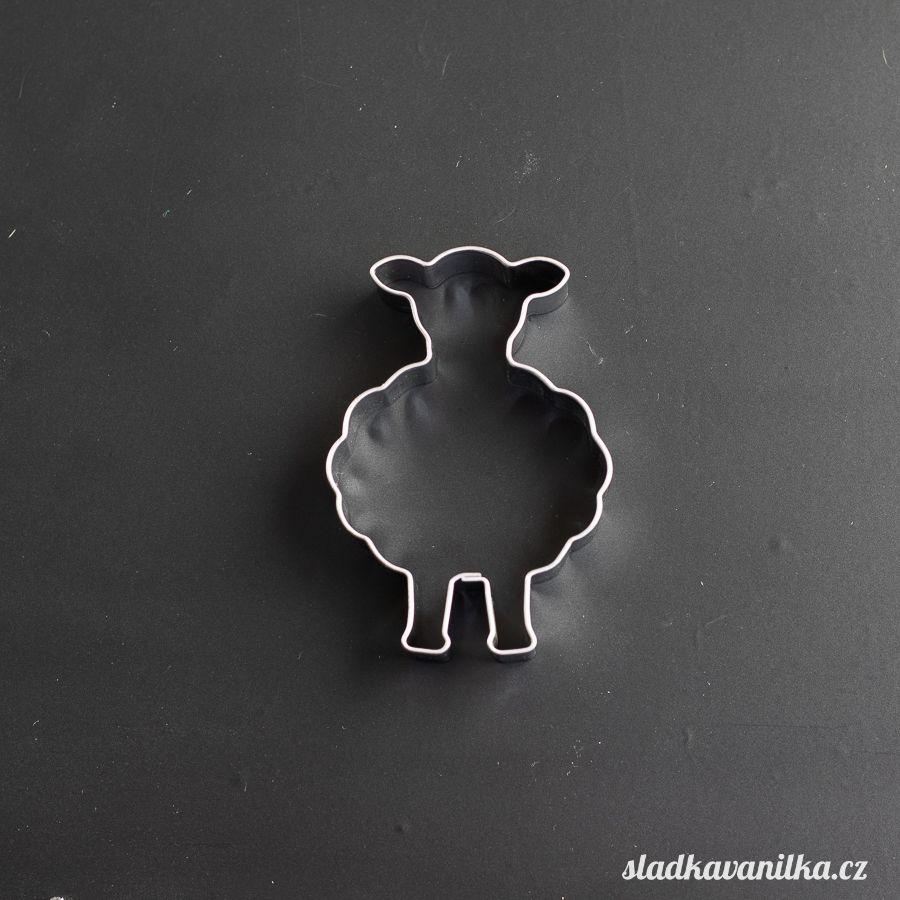 Vykrajovátko roztomilá ovečka