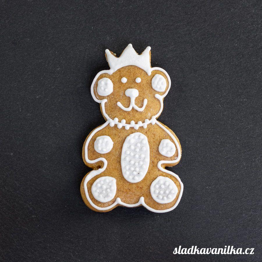 Vykrajovátko medvídek s korunkou