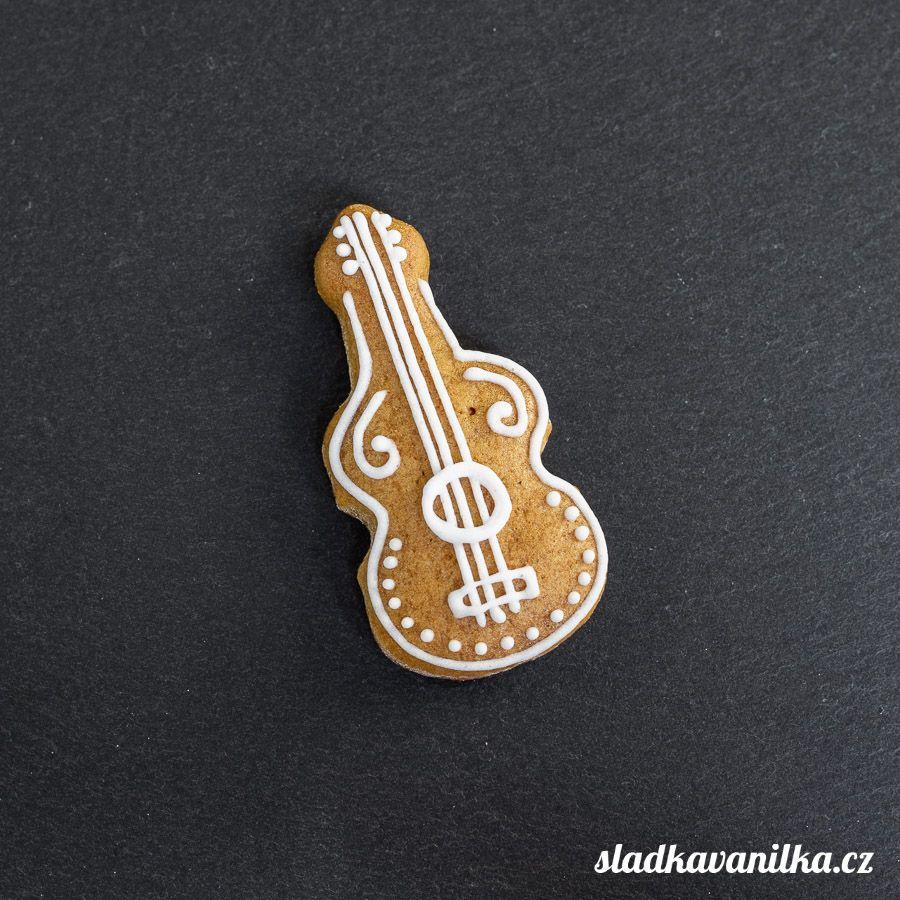 Vykrajovátko housle