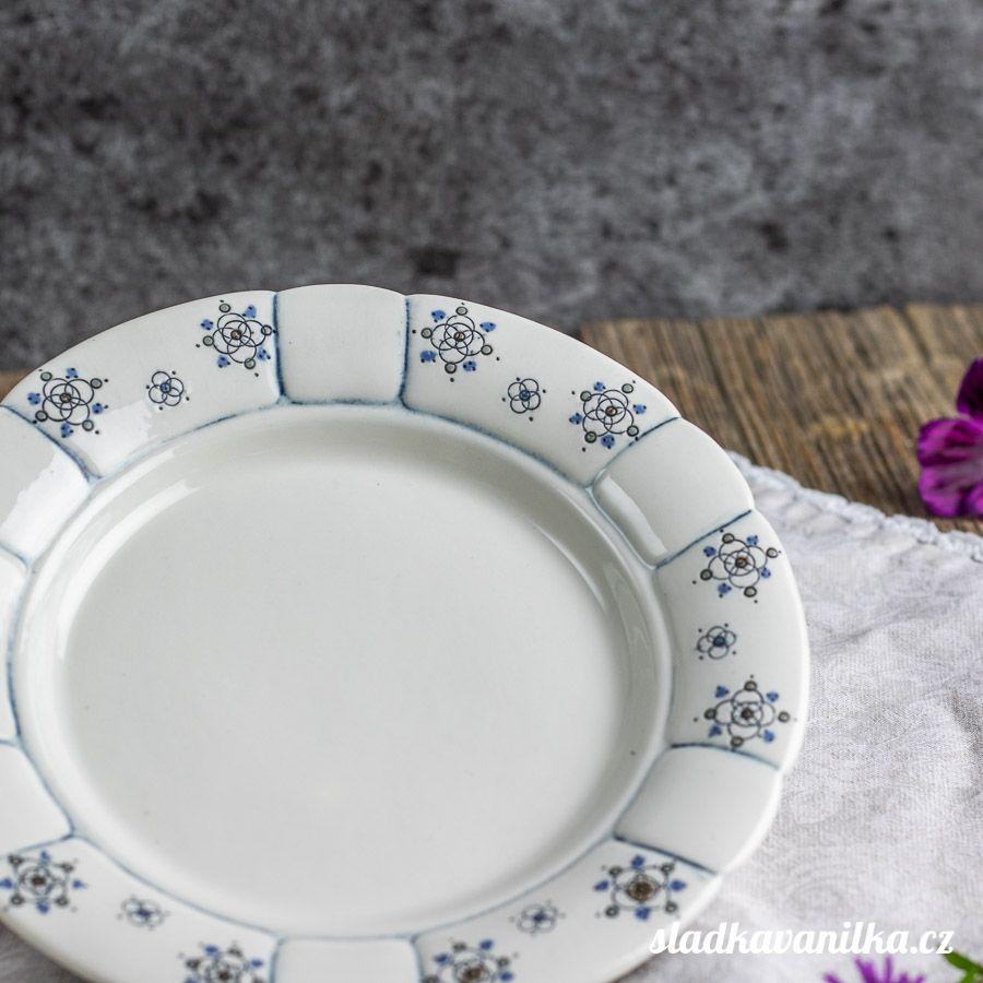 Porcelánový babiččin dezertní talíř - boho